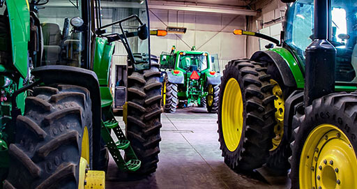 7 maintenance checks to extend the life of your tractor »